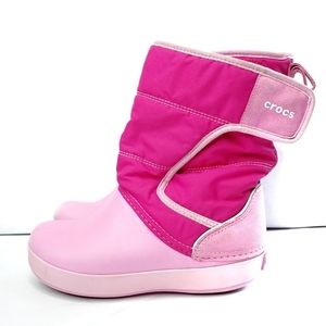 Girls pink Lodgepoint Crocs snow boots size c 12
